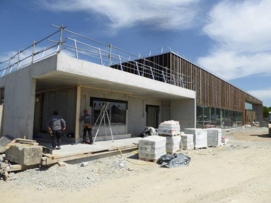 Centre aquatique grandchamp des fontaines treilli res for Construction bois 87