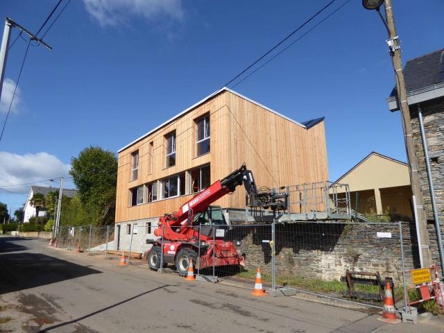 Maison ossature bois et b ton de chanvre nozay for Construction bois 71
