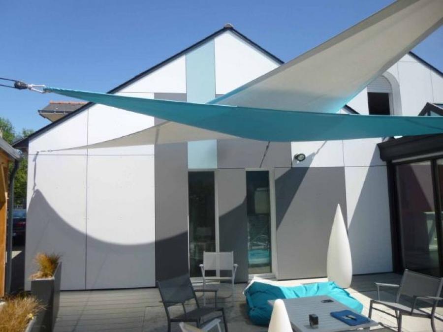 une fa ade color e pour une terrasse tout en douceur petit mars. Black Bedroom Furniture Sets. Home Design Ideas